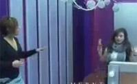 ميرال تتهم زميلاتها بالسرقة