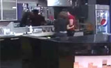 كريم يقبّل نينا