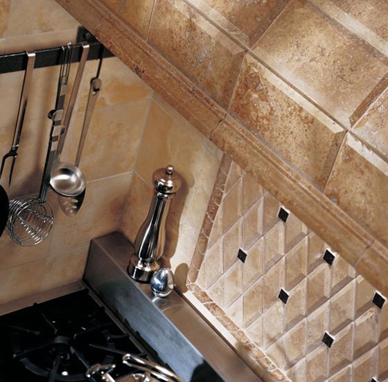 .. حلول سحرية لترتيب مطبخك والقضاء على الفوضىكوكتيل ورق الجدار..