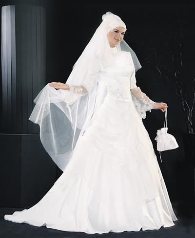 2014 إطلالة العروس الرومانسية.شنط شيندي بألوانها الشتوية الرائعةكل ماتحتاجه العروس